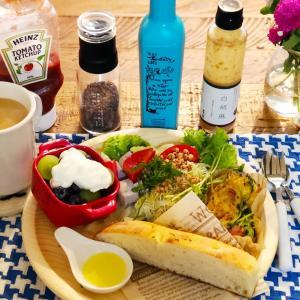 フォカッチャとお豆腐で和洋折衷な朝食