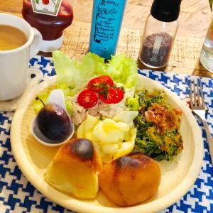 今月最初の完全オフ日な朝食