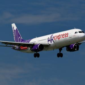 那覇空港 香港エクスプレス A321-200のアプローチ