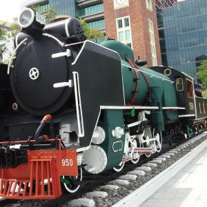 川沿いの公園に展示されていたC56蒸気機関車