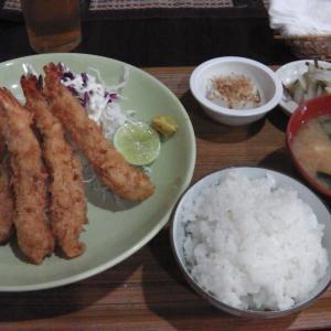 """日本料理店""""とん清""""でランチ、"""
