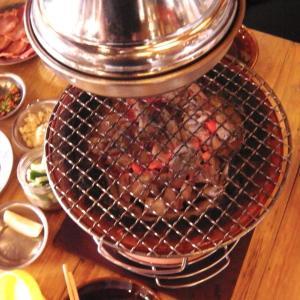 バンコクで炭火で美味しい焼肉を食べる