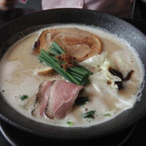 """自家製麺""""MENSHO TOKYO BKK""""でランチ"""