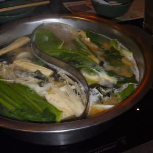 バンコクで暖かくて美味しい鍋料理を食べる