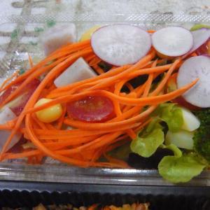 好みの野菜サラダを求めて