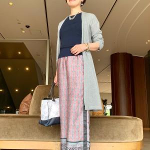 プリントのワイドパンツはちょっと辛口に・琵琶湖ホテルにて