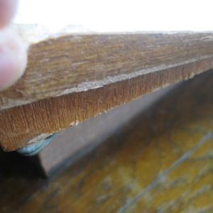 キッチンセットの補修。ウッドホワイトのシートのはがれに苦労するの巻。