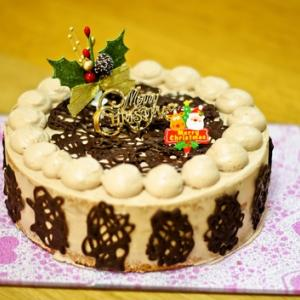 チョコのデコレーションケーキ♪