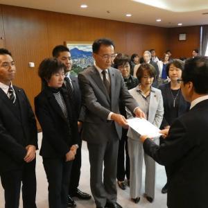 北海道地震の教訓生かせ   札幌市議団 市長に予算要望