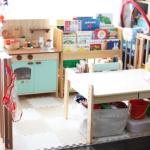 息子(1歳7か月)にデスクとチェアを買う。