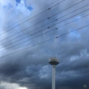 台風上陸前の空と雲