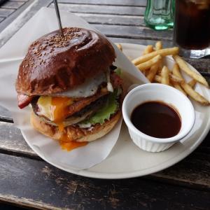 ハンバーガーでランチ ~ブッチャーズテーブル~