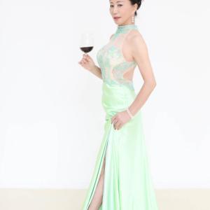 名古屋新栄「パーティドレスを美しく着こなしたい」そんな方のレッスンも大歓迎です!