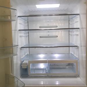 新しい冷蔵庫とその収納