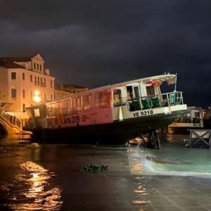 どう起こったの?!アックア・グランダ(190cm級高潮浸水) @ヴェネツィア