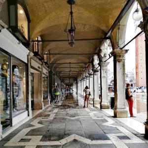 アックア・アルタ(高潮浸水)の季節... @ヴェネツィア