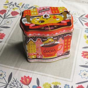 バンホーテンココア缶