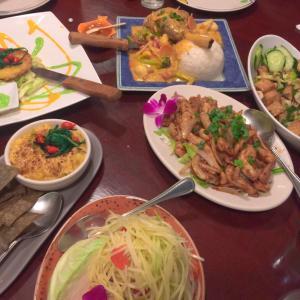 ハワイ☆カネオヘのタイレストランにてお誕生日ディナー