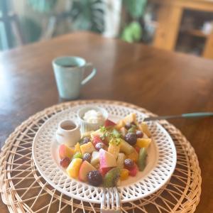 お休みの日のフルーツパンケーキの朝ごはん☆