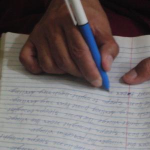 チベット難民の英語学校の会話トピック募集!!