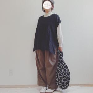 『着画』niko and...ワイドワークサロペットパンツ、無印、☆先日購入した靴下屋のソックス