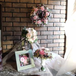 アトリエ北の花籠はアンティーク調