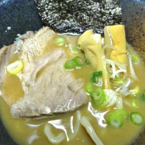 スーパーでお馴染み、 銘店伝説 中華蕎麦とみ田 つけめんの袋生麺!アイランド食品