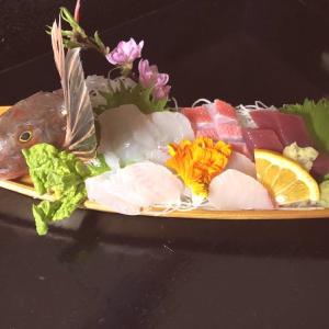 ●ランチのお刺身(ホウボウ、初カツオ、かんぱち、金目鯛)♪