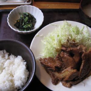 新橋グルメ 博多もつ鍋やまやで平日ランチ:じっくりたれ漬け豚しょうが焼き定(1300円)を頂きました!やまやの辛子明太子うまかった!