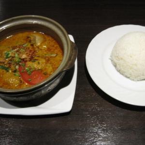 青山グルメ マレーシア料理 マレーアジアンクイジーン(Malay Asian Cuisine.)でマレーシアチキンカレー(1100円)を頂きました!ジワッ~と辛くて美味しかった!