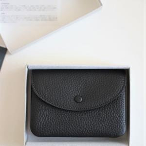 STUDIO LA CAUSEの財布を購入する