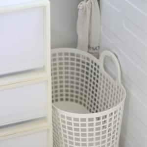 セリアのフィルムフック、洗面所にも!