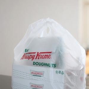 クリスピー・クリームの日でドーナツ12個!
