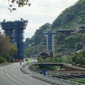 八幡浜道路 郷高架橋付近の状況(2021.9月)
