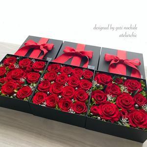 ・ プロポーズの赤いバラ
