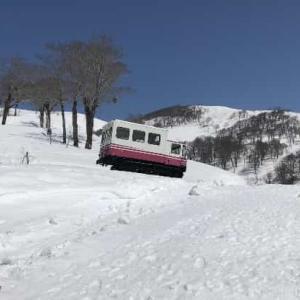 月山スキー場  2021年4月 (山形県 西川町)