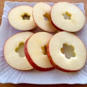 目から鱗のりんごの食べ方