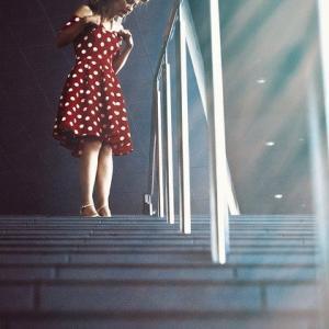 「階段を下りる音がうるさい…」それ私です(+_+)