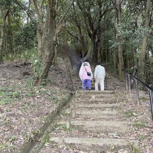 岩船山から貝吹山城跡、古谷古墳への山歩き