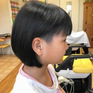 女の子のツーブロ ショートボブ 龍ヶ崎市のヘアーサロンバーバーヤマナ 美容室 理