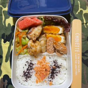 (๑╹ω╹๑ )にーさん今日のお弁当☆魚肉ソーセージで照り焼き☆