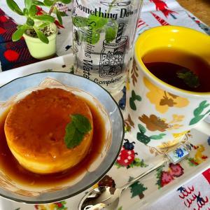 (*・ω・)ノおうちカフェTime☆マグカップで作る固めプリン☆とミントティー☆