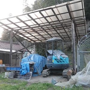 ユンボ車庫の柱が白アリ被害