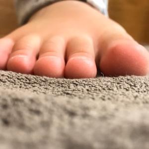 元気な足指に成長してます