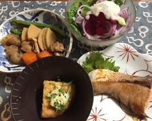 収穫野菜を使った 夏野菜のおうちごはんです! & うれしいいただきもの・・ササゲのことも少し^^