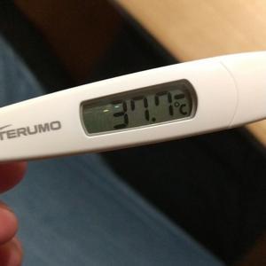 """""""""""モデルナコロナワクチン接種2回目 接種33時間後に発熱"""""""
