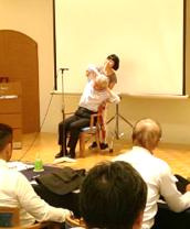 最強の肩こり解消!椅子YOGA@RCC ラジオ3(^-^) おひるーな
