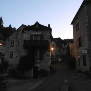 小説更新のお知らせ+Saint-Cirq-Lapopie