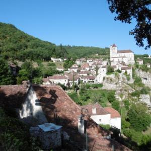 フランスの美しい村々を巡る⑩サン・シルウ・ラポピー⑪カプドナック★仏南西部オクシタニー地方紀行06