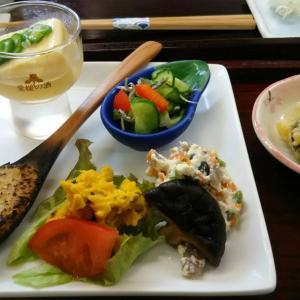昼のおきまり~前菜~